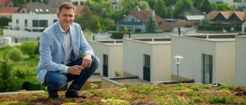 Branislav Siklienka na streche
